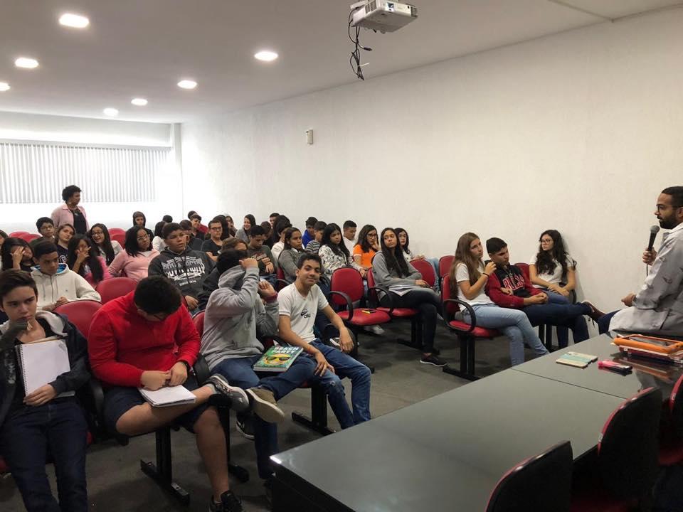 Ampliar a visão sobre a História social linguística do Brasil